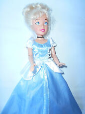 Disney Princess Cenerentola 36cm