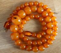 Vintage Soviet Russian Natural Baltic Pressed AMBER Necklace 25.0 gr Beads 70's
