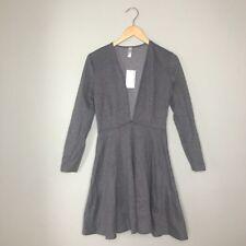 American Apparel Deep V Skater Dress in Dark Heather Grey!