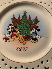 1997 Lenox Christmas Holiday Annual Limited Ed Disney Mickey Trimming Trio Plate
