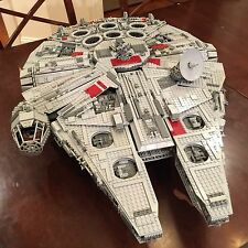 LEGO Star Wars Ultimate Collector's Set (UCS) Millennium Falcon (10179)