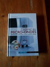 Livre NEUF - cuisiner au micro ondes 250 recettes