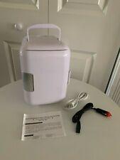 Personal Mini Fridge for Cosmetics 4L Portable Cooler/Heater