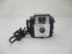 Vintage Kodak Brownie Starlet Camera w/Dakon Lens & Neck Strap