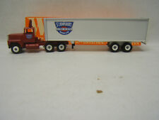 Winross St. Johnsbury Tractor Trailer 1/64 Mint Ford Cab 1992 Diecast