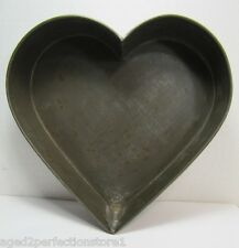 Old Tin Heart Shape Pan cake cookie bread cooking baking wall decorative art