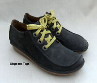 NEW CLARKS FUNNY DREAM WOMENS DARK GREY NUBUCK LEATHER SHOES SIZE 4 / 37