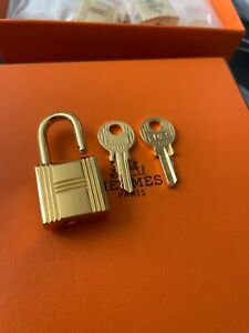 AUTH new Hermes Cadenas Lock & 2 Keys For Birkin & Kelly & Bolid gold plated