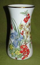 Wedgwood Vase Bone China 1981 -Wasserpflazen u. Blüten-