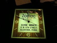Vintage1971 Zodiac Watch International Jewelers Advertising Light Up Pam Clock