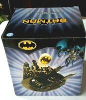 Batman Batmobile DC Comics Salt & Pepper Shaker Set/Statue NEW, 2004 MINT!