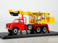 Scale model truck 1:43 Tatra-148 Excavator-planner UDS-110