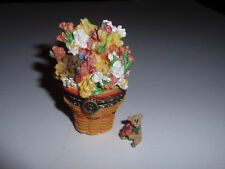"Longaberger Exclusive, Boyd'S Miniature ""Snapdragon"" Treasure Box May Series."