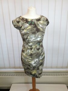 RIVER ISLAND -- LADIES DESIGNER MINI DRESS -- IDEAL FOR SPRING AND SUMMER