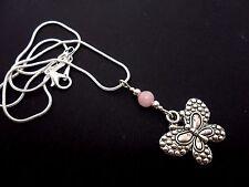 """Un Precioso Plata Tibetana Mariposa Rosa Jade del grano collar en 18"""" Cadena. Nueva."""
