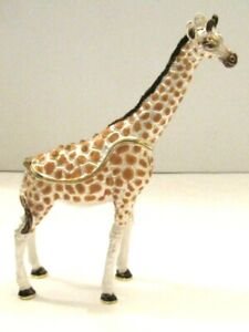 Secrets from the makers of Hidden Treasures - This one is the GIRAFFE
