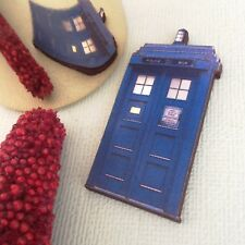Tardis wood brooch Dr Who accessory, Wooden sci fi jewellery retro TV accessory