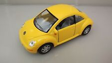 "Collectible Die Cast YELLOW Volkswagen ""NEW BEETLE"" VW 1:32 Scale"