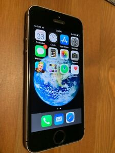 iPhone SE 64Gb with Fortnite installed