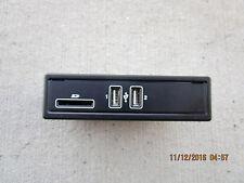 15 - 17 MERCEDES BENZ C300 2.0L I4 DI 4D SEDAN CENTER CONSOLE USB SD CARD READER