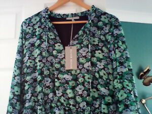 BNWT Oliver Bonas lovely green floral print tiered dress Size 16