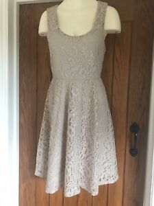 Gorgeous Dress Lace In Nude With Sparkle Size 10