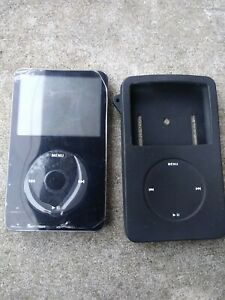 Apple iPod Classic 5th Generation A1136 30GB EMC 2065 Black - D14