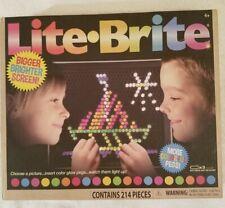 LITE-BRITE Magic Screen Set 200+ Pegs & 6 Templates Light Bright Box Vintage