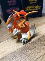 Pokemon TCG Reshiram & Charizard Collection Box Official Figure / Figurine