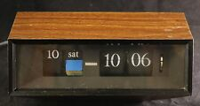 Vtg Caslon 602 Flip Clock / Calendar - MCM Japan -Faux Wood Grain