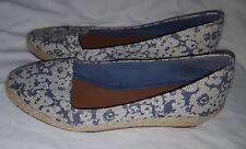 Lucky Brand Tomlinn Wedge Espadrille Shoes Sz 9.5 Blue Cream Floral