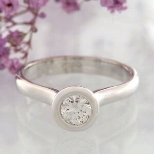 Solitaire Ring 18k White Gold With Brilliant 0,30 CT W/ Si