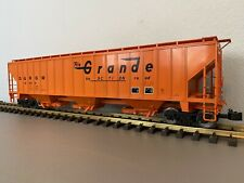 Accucraft / AML G431-09 :: Rio Grande 3-Bay Covered Hopper (Road Number 10859)