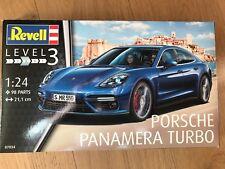 +++ Revell 07034 Porsche Panamera Turbo 1:24 07034