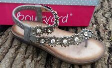 Ladies Boulevard 975 Slip On Toe Post Sandals.