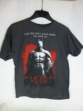 Batman Arkham City graphic Gray T-Shirt Size S Small You're not safe here