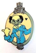 Disney Pin Hidden Mickey Haunted Mansion Mirror - Ezra Hitchhiking Ghost