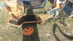 AGRIA WERKE D 7108 8300 D RIDE ON MOWER BREAKING FOR SPARES OR SELL AS SEEN