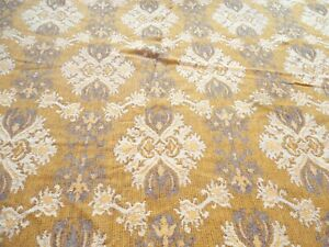 "Vintage 1970's BATES Table Cloth 72"" Round Fringed Edge Gold Print"