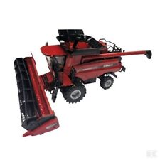 Britains Case IH 8130 Combine Harvester Model 1:32 Scale 3+