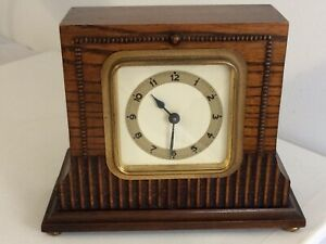 VINTAGE RARE ART DECO SQUARE FACED WOODEN MANTLE CLOCK WORKING ORDER A1 EXAMPLE