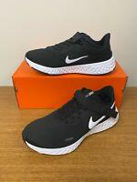 Nike Revolution 5 Flyease 4E WIDE Running Shoes Black White CJ9885-004 Men's NEW