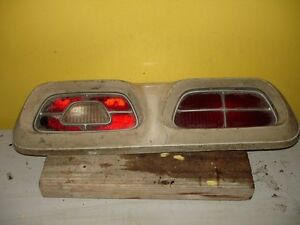 71 27 37 74 75 76 77 1971-1977 Mercury Comet / Montego RR Taillight tail light