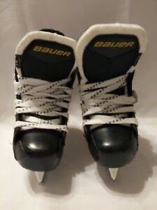 Bauer Youth Ice Skates - Size Y08 - s140