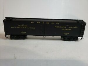 "HO  SCALE BLI #1843 CACX 53'6"" WOOD EXPRESS REFRIGERATOR CAR STLSF #5012."