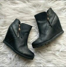 UGG Myrna Ankle Wedge Boot Bootie Black Womens 8 SN 1008715