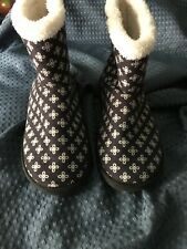 Vera Bradley Mini Concerto Cozy Booties Slippers~Size Large 9-10~Navy Blue/White