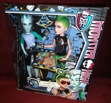 MONSTER HIGH GILLINGTON 'GIL' WEBBER & DEUCE GORGON - BNIB