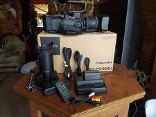 Sony NEX-FS700RH 4K Pro Camcorder Video Camera w/18-200mm Lens ONLY 4X10 hours