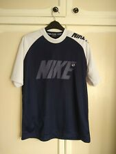 Nike sports top navy and white ~ Size M